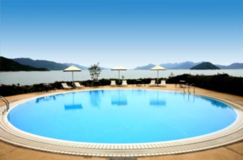 季節限定室外泳池  (酒店顧客專用)