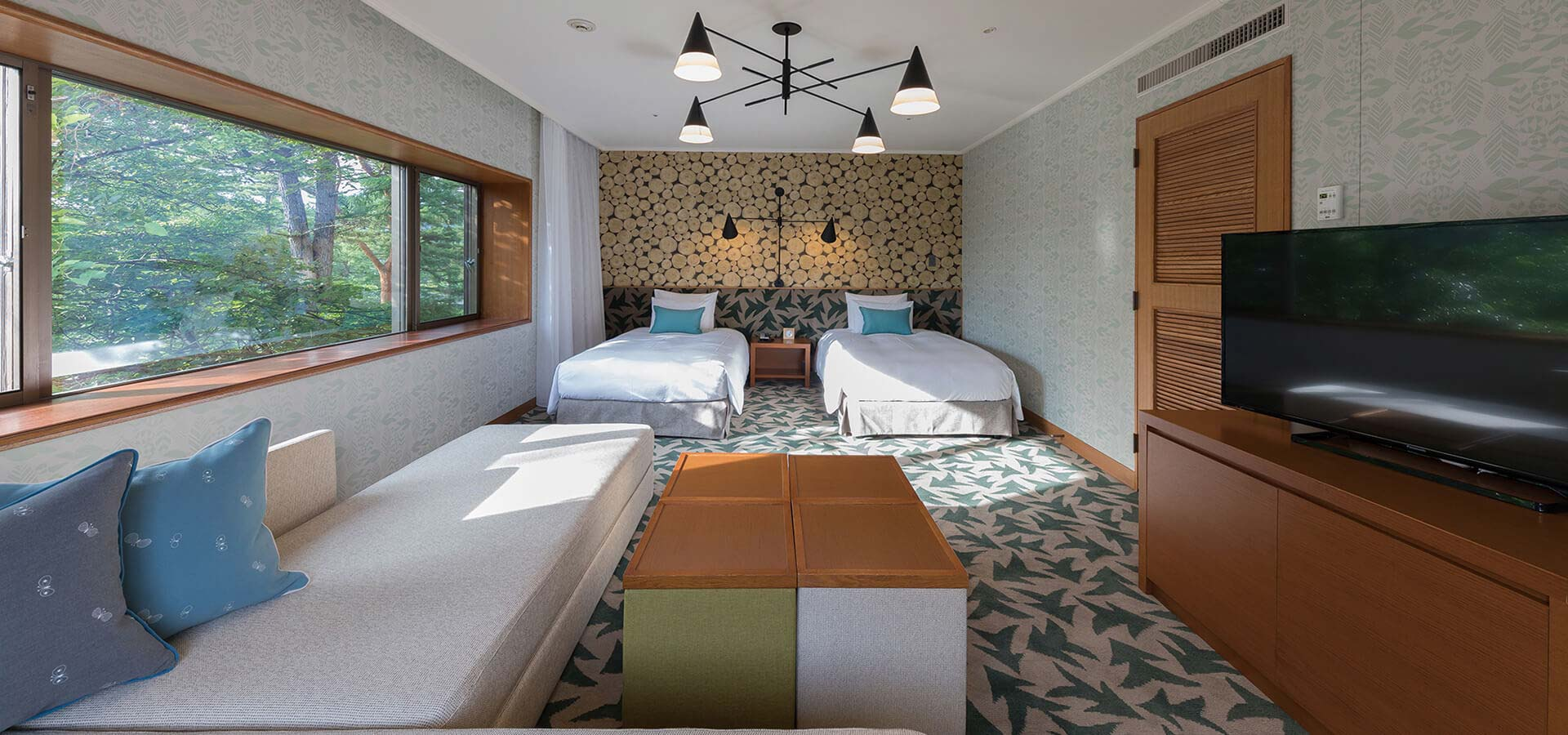 Forest Corner Twin Room