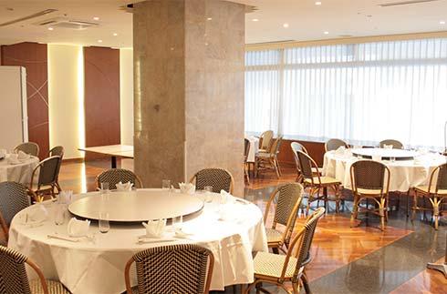 Oak Reservation Only Restaurant