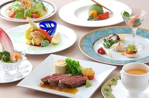 Main Dining