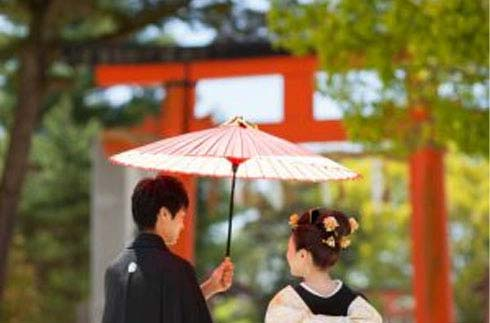 Have a Traditional Japanese Wedding at a World Cultural Heritage Shrine