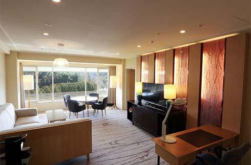 Royal Floor Suite