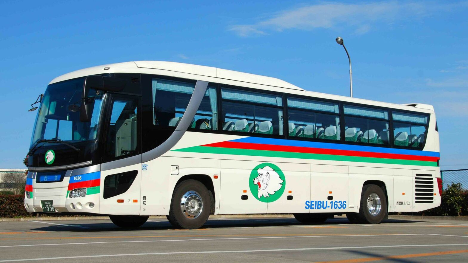 Free Shuttle Bus Service for Hotel Guests (Reservation Required)
