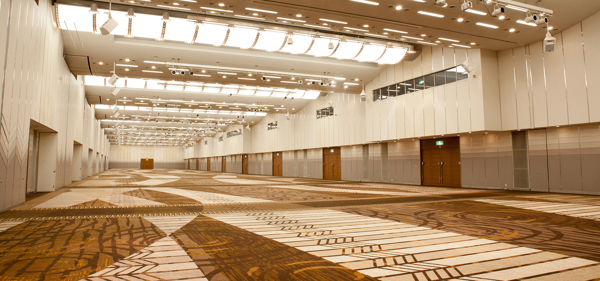 """Convention Hall """"Oumi"""" 2F"""