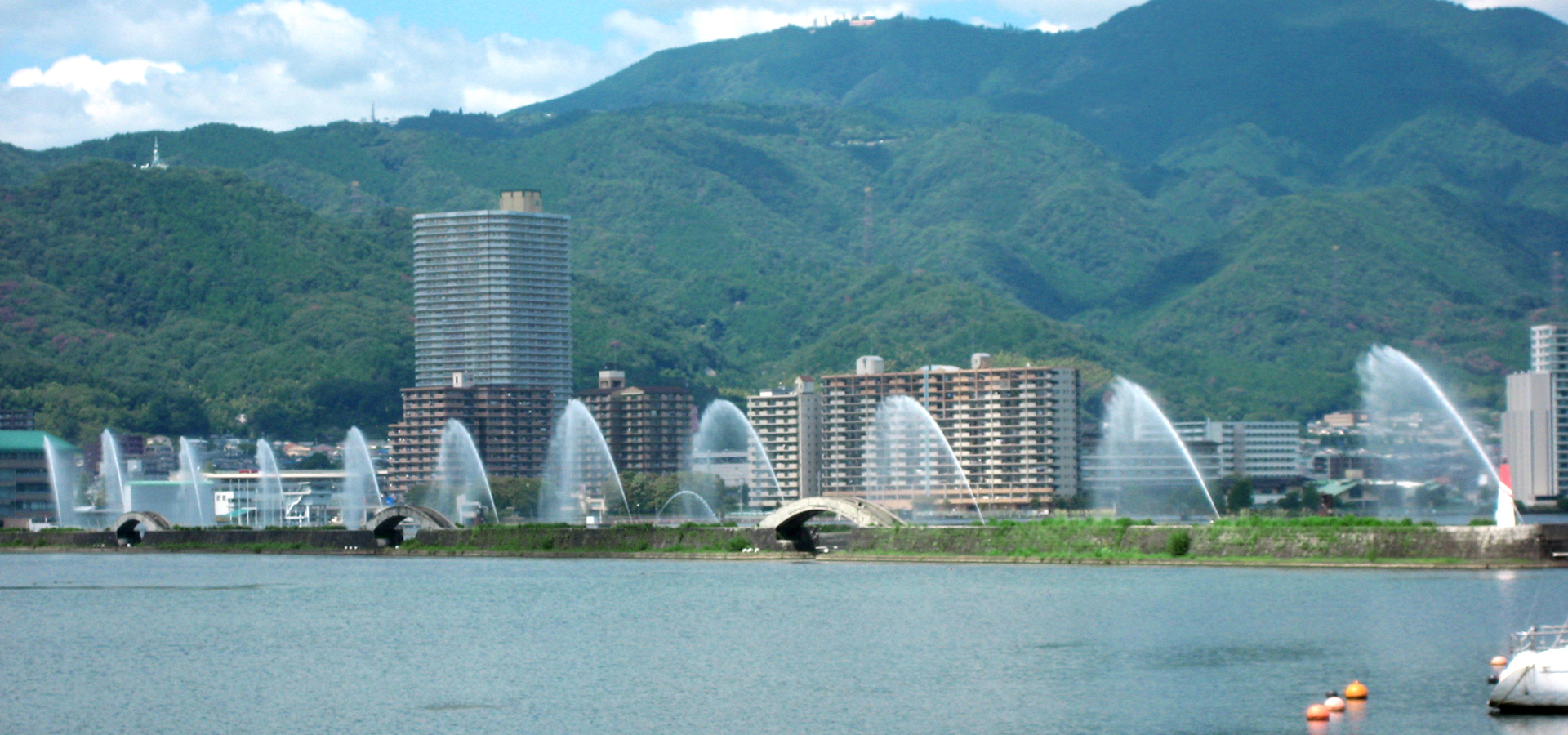 琵琶湖花型噴泉