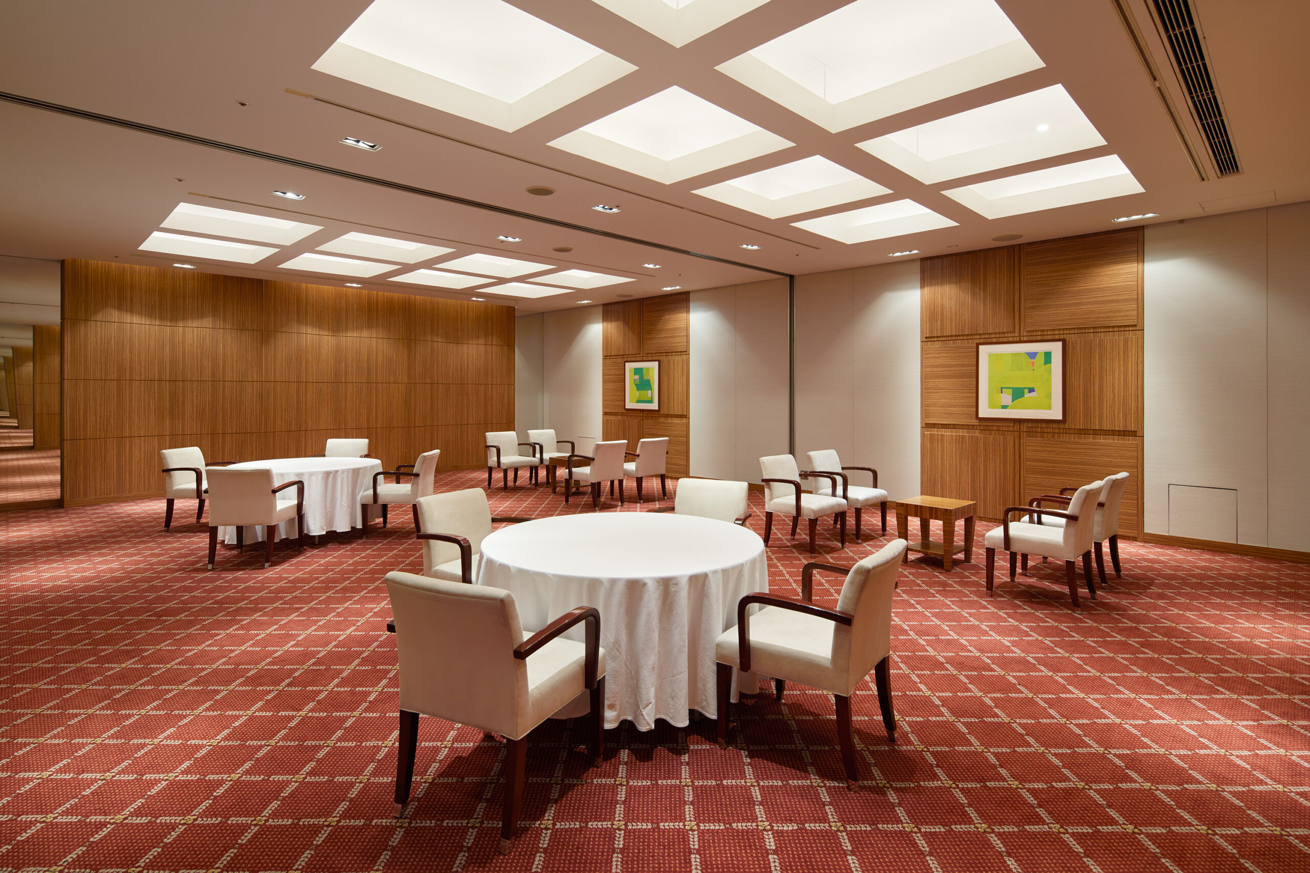Small &Medium-sized Banquet Rooms