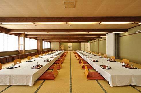 Hamagiku (Japanese style room)