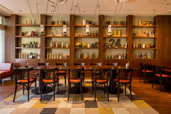 Cafe Restaurant 24