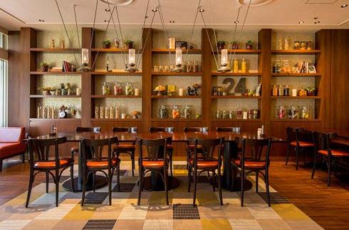 카페 레스토랑24