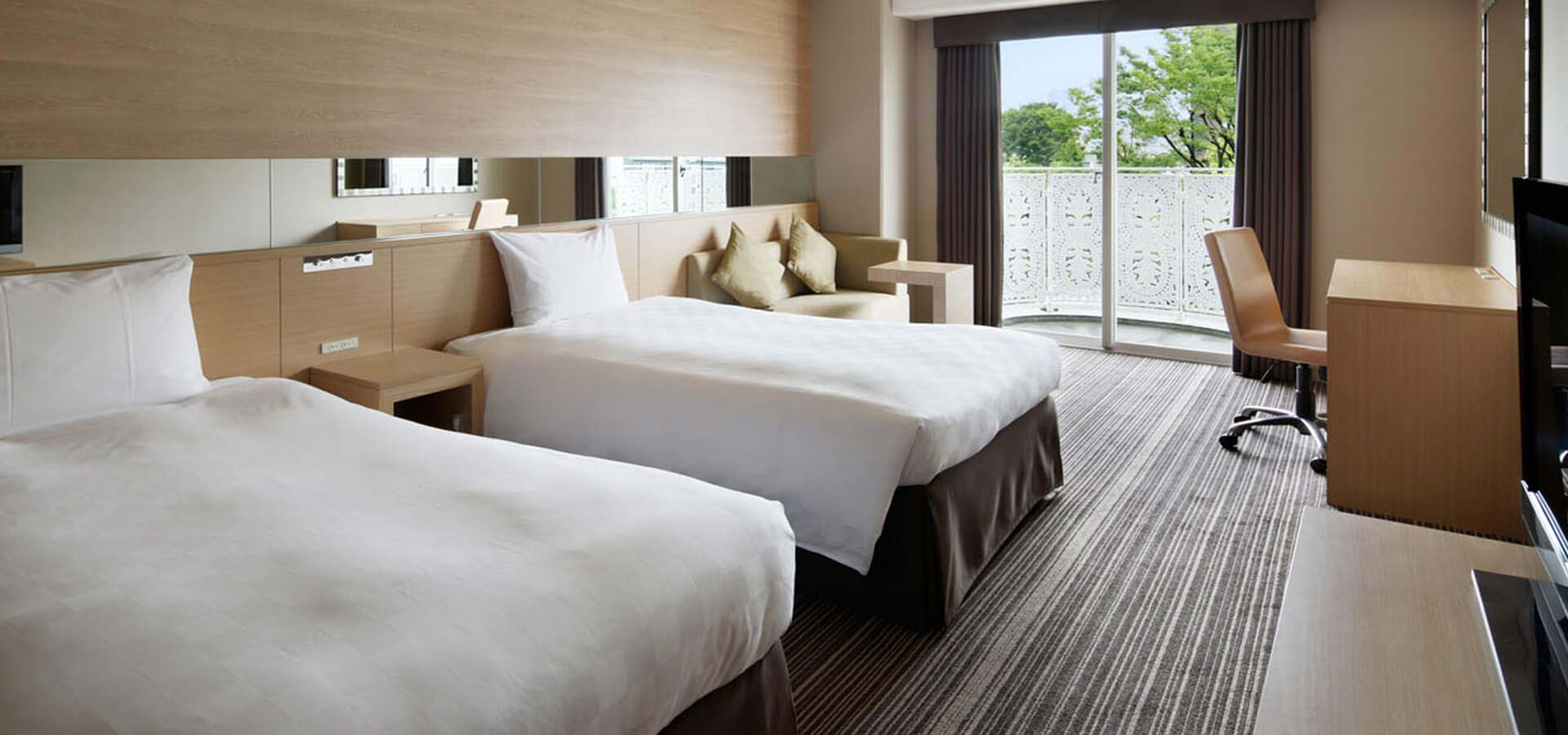 Superior Natural Twin Room