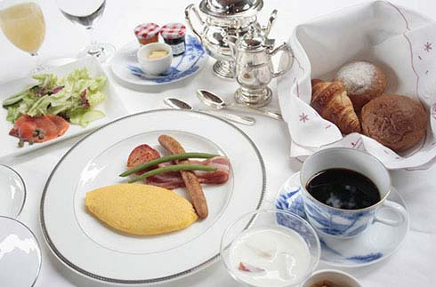 [Stay 2 nights & Get 10% off] Breakfast Included