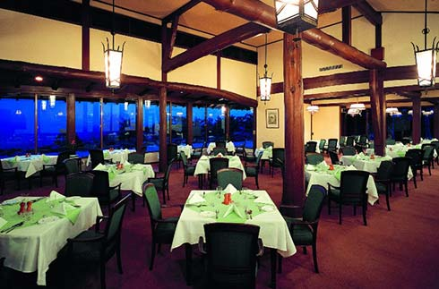 Hotel Restaurant (Western and Japanese cuisine)