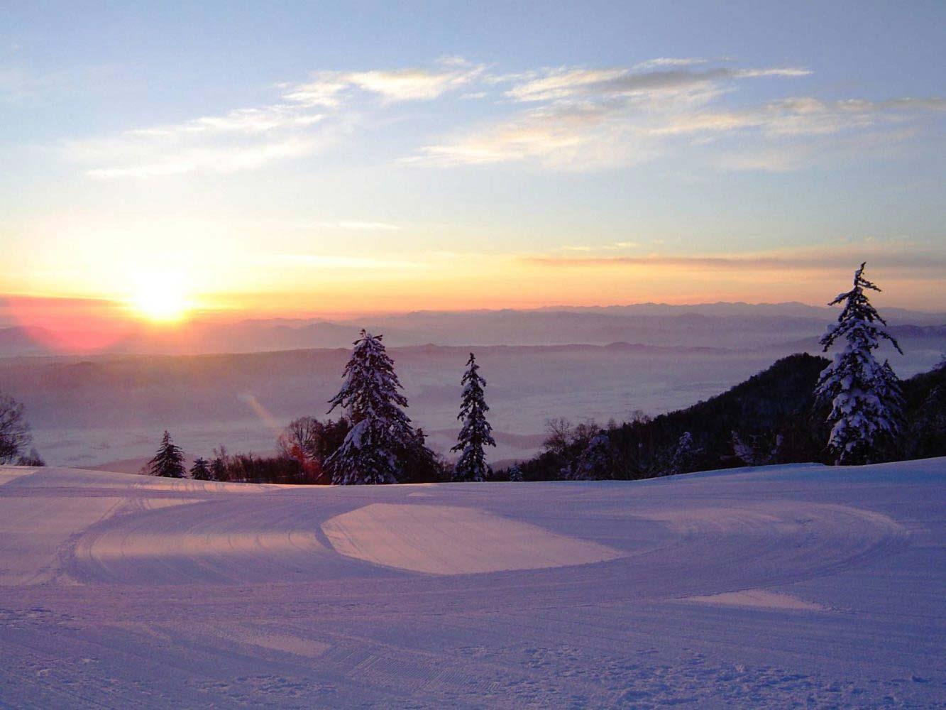 furano-ski-sunrise