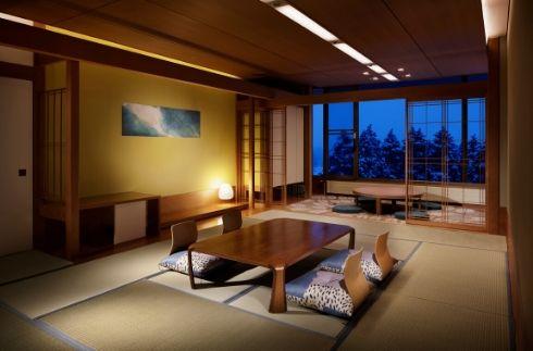 日式轉角房